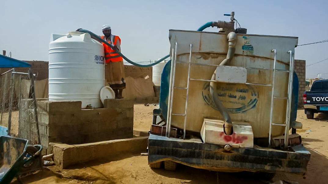 Supplying Clean Water to Yemen's Largest Displacement Camp